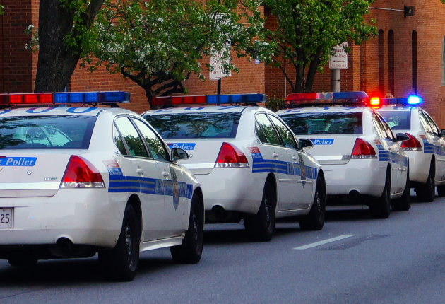 16 Advantages and Disadvantages of Being a Police Officer