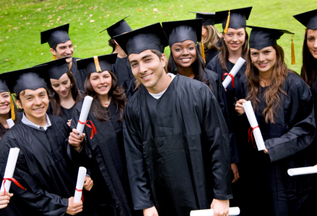 16 Pros and Cons of Graduating Early from High School
