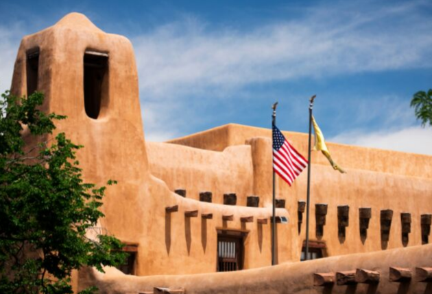 18 Pros and Cons of Living in Santa Fe, New Mexico