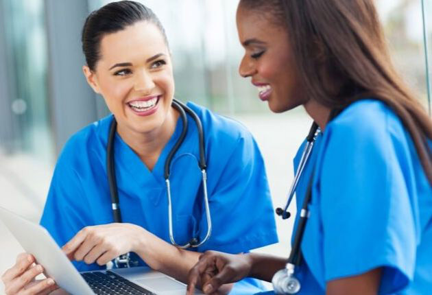 Pros and Cons of Being a Registered Nurse