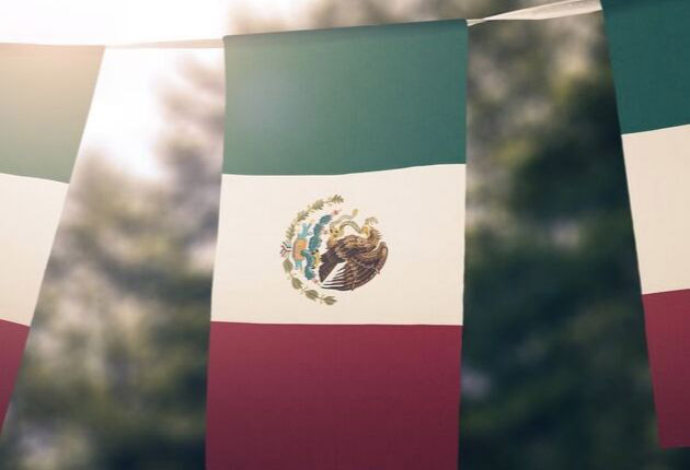 Pros and Cons of Retiring in Mexico