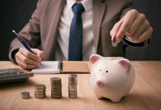 Pros and Cons of a Money Market Savings Account
